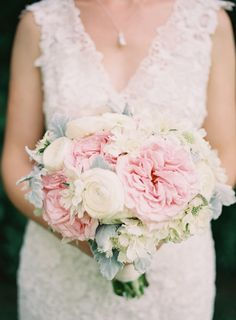 romantic #pink and #ivory rose #bouquet |  Photography: Michael Radford Photography - michaelradfordphotography.com, Florals by http://www.greeninbloom.com/