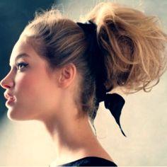 Coiffure mariage : Bun – 20 Ideas for Long Sexy Hair … → Hair Easy To Do Hairstyles, Bun Hairstyles, Pretty Hairstyles, Wedding Hairstyles, Classy Hairstyles, Romantic Hairstyles, Natural Hairstyles, Super Long Hair, Big Hair