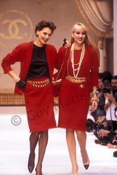 Find the Ines_de_la_Fressange_Chanel Couture F-W Guy at The RealReal's Radical Vision of Secondhand Luxury. The RealReal was founded,. Chanel Fashion, 80s Fashion, French Fashion, Fashion History, High Fashion, Vintage Fashion, Fashion Outfits, Womens Fashion, Fashion Trends