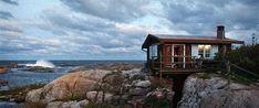 バルト海にある、クルーヴハル島は、ムーミンの生みの親、トーヴェ・ヤンソンが1964年から約30年間に渡り、春と夏の時間を過ごした小さなアトリエが建つ小さな島。通称「ヤンソン島」とも呼ばれている。