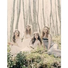 Love the ethereal look and feel... Best friends photo shoot? :)
