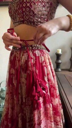 Party Wear Indian Dresses, Designer Party Wear Dresses, Indian Gowns Dresses, Indian Bridal Outfits, Indian Bridal Fashion, Dress Indian Style, Indian Fashion Dresses, Indian Designer Outfits, Indian Bridal Lehenga
