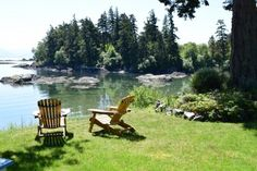 Picture yourself relaxing at this waterfront suite in Victoria's Metchosin area.