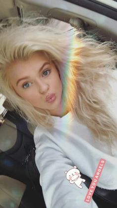 Gorgeous Eyes, Beautiful Person, Beautiful Women, Mode Pop, Loren Gray, Girl Pictures, Pretty People, Hair Goals, Dyed Hair