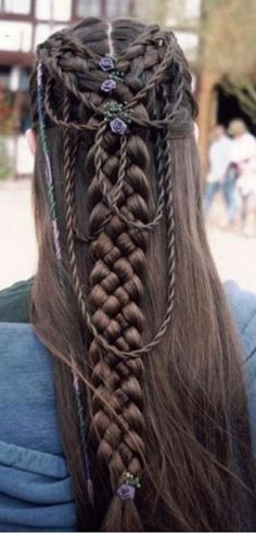 Clothing Renaissance - Hair style
