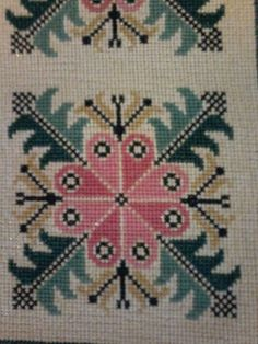 Hand Embroidery Design Patterns, Embroidery Stitches, Cross Stitch Designs, Cross Stitch Patterns, Blackwork, Tapestry Crochet, Bargello, Diy Arts And Crafts, Baby Blanket Crochet