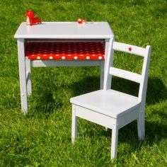 how to paint a school desk | Pupitres and desks - un lapin dans le tiroir