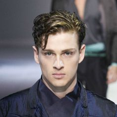 curly side part mens hair