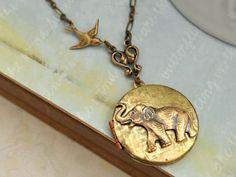 elephant pendant necklace!