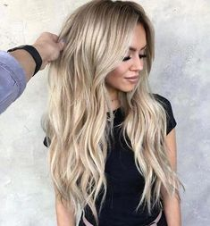 Shop our online store for blonde hair wigs for women.Blonde Wigs Lace Frontal Hair Brunette Balayage Long Hair From Our Wigs Shops,Buy The Wig Now With Big Discount. Blonde Ombre Hair, Balayage Long Hair, Cool Blonde Hair, Balayage Brunette, Blonde Wig, Ombre Hair Color, Gold Blonde, Blonde Human Hair Wigs, Bleach Blonde Hair
