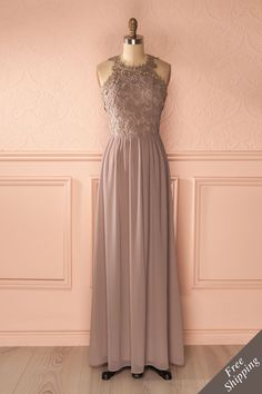 Robe longue dentelle grise et or - Light gray and gold lace maxi dress