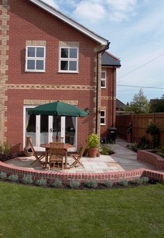 New Build Town House Garden Design Bradfield Southend Berkshire