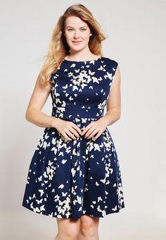 Ein Kleid für jeden Tag. Closet Curves Freizeitkleid - navy für 79,95 € (04.08.16) versandkostenfrei bei Zalando bestellen.