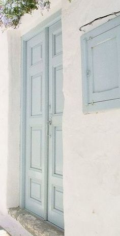 Ideas french blue front door entrance for 2019 - Jeannette Jimenez - Ide. Architecture Renovation, Haus Am See, Front Door Entrance, French Blue, Blue Aesthetic, Shades Of Blue, Light Blue, Blue And White, Cottage