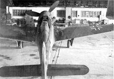 Истребитель сопровождения Tank Ta 152 H. Германия Aircraft Propeller, Ww2 Aircraft, Fighter Aircraft, Luftwaffe, Ta 152, Focke Wulf Fw 190, P 47 Thunderbolt, Staff Sergeant, P51 Mustang