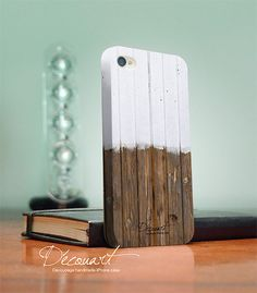Wood iPhone 4 case, iPhone 4 / 4s case, Handmade with Decoupage, Wood pattern S009