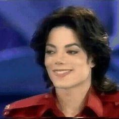 Michael Jackson Bad, Mike Jackson, Michael Jackson Thriller, Michael Jackson Wallpaper, Ferrat, Beautiful Smile, Wattpad, Singer, Actors