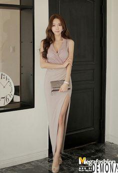 Korean Beauty, Asian Beauty, Tights Outfit, Thing 1, Beautiful Legs, Sexy Legs, Dress To Impress, Korean Fashion, Asian Girl