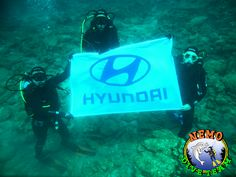 Nemo Dive Team with HYUNDAI divers