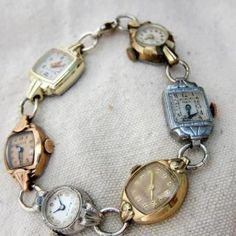 oude horloges tot armband Old Vintage Watches.re-purposed into a bracelet! Jewelry Art, Jewelry Bracelets, Jewelry Accessories, Jewelry Design, Watch Bracelets, Jewelry Ideas, Pearl Necklaces, Gold Jewelry, Vintage Jewelry Crafts