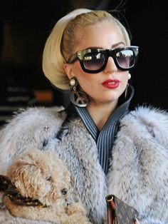 ファールックに映えるアレンジヘア(Lady Gaga)