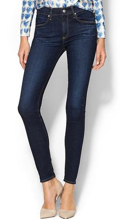 This skinny jean has a high-rise waist and a narrow leg for a streamlined fit.