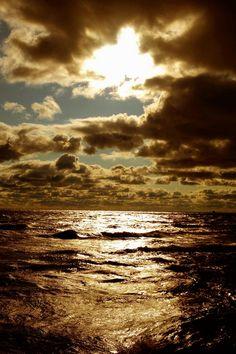 Sunset by Koleosho