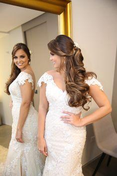New Ideas For Hair Wedding Updo Veil Makeup Simple Wedding Hairstyles, Bride Hairstyles, Wedding Veils, Wedding Dresses, Hair Wedding, Wedding Makeup, Updo Veil, Medium Hair Styles, Dress Wedding