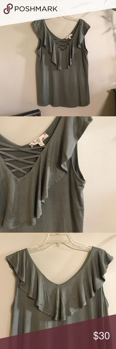 NWT Earthy and feminine top! Dress this up for work or make it cute and casual! Hippie Rose Tops Blouses