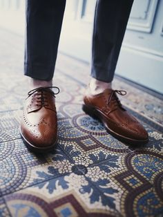 "Finest handmade shoes available at Oxblood Zürich Europaallee 19 www.oxbloodshoes.com  #cordovan #dandy #bogues ""budapester #heinrichdinkelacker #gentleman #zopfnaht #dapper #horween #euroapaallee Men Dress, Dress Shoes, Oxblood, Dandy, Shoe Collection, Dapper, Gentleman, Oxford Shoes, Shopping"