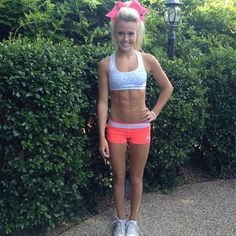 Do the CA ab workout for Jamie Andries Abs! (:  2 crunches  2 full situps  2 bicycles  2 v ups  Hold hollow body for 2 sec.  2 straddle ups  2 pike ups  Repeat doing 4 of each exercise, then 6, 8, 10, and 12. Then work your way back down to 2. So 2, 4, 6, 8, 10, 12, 10, 8, 6, 4, 2.