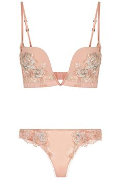 La Perla | Peony set | Pre-Fall 2017 Collection #laperla #peach #lingerie