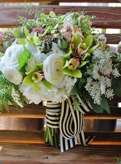 10465_10151229363233413_1153077693_n la petite fleur mn