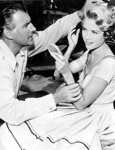 Grace Kelly and Stewart Granger in 'Green Fire', 1954.