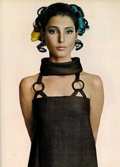 Vogue 1967, Benedetta Barzini, dress by Christian Dior, photo by Avedon.