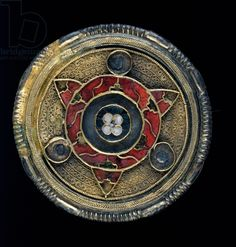 Jewelled disc brooch, 6th century (gold, silver and cloisonne enamel)
