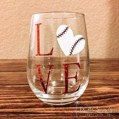 Love Baseball Wine Glass by ByHisSavingGrace on Etsy Baseball Gift Basket, Baseball Mom, Baseball Crafts, Softball, Baseball Gear, Sports Baseball, Sports Teams, Wine Glass Crafts, Bottle Crafts