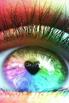 Rainbow eye color heart shaped pupil (¯`' Rainbow Songs, Rainbow Eyes, Love Rainbow, Taste The Rainbow, Over The Rainbow, Rainbow Colors, Bright Colors, World Of Color, Color Of Life