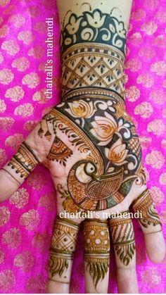 Peacock Mehndi Designs, Mehndi Designs Feet, Stylish Mehndi Designs, Modern Mehndi Designs, Henna Art Designs, Mehndi Design Pictures, Mehndi Designs For Girls, New Bridal Mehndi Designs, Dulhan Mehndi Designs