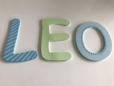 holzbuchstaben buchstaben aus holz personalisiert wundersch ne buchstaben aus holz nach. Black Bedroom Furniture Sets. Home Design Ideas