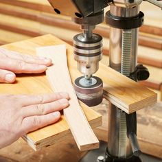 Woodworking is a job, for which one requires to work with precision and skill. Mistakes during woodworking may spoil the whole piece. In woodworking, there are some things, which should be done repeatedly. woodworking jigs are tools, Woodworking Techniques, Woodworking Crafts, Woodworking Projects, Woodworking Jigsaw, Woodworking Basics, Router Woodworking, Woodworking Supplies, Custom Woodworking, Sanding Tips
