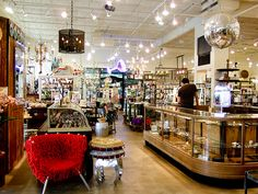 Kuhl-Linscomb - One of Houston's most popular department stores offering furniture, gifts, apothecary and accessories.
