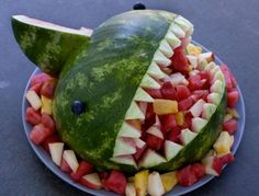 Fruit-filled watermelon shark bowl… It's easier than you think – SheKnows Watermelon Fruit Bowls, Fresh Fruit Salad, Fruit Salad Recipes, Shark Watermelon, Watermelon Shark Carving, Shark Snacks, Candy Sushi, Summer Potluck, Summer Bbq