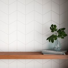 Ronbo x Porcelain Field Tile White Kitchen Backsplash, Kitchen Flooring, Contemporary Kitchen Backsplash, Kitchen Wall Tiles, Wallpaper Backsplash Kitchen, Kitchen Backsplash Inspiration, Modern Kitchen Tiles, Kitchen Cabinets, White Kitchen With Backsplash
