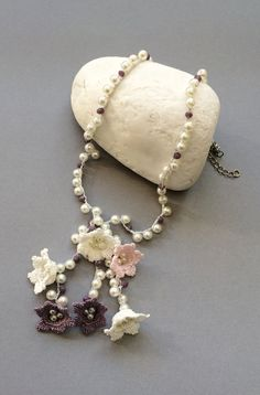 Hey, I found this really awesome Etsy listing at https://www.etsy.com/listing/240165383/bridal-necklace-crochet-necklace-pearl