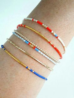 Elegant seed bead gold bracelet stack , perfect summer friendship bracelets diy, how to make your summer friendship bracelets , pura vida boho style jewelry, beach bohemian jewelry
