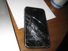 Exotic way: iPhones hit with 'blue screens of death'