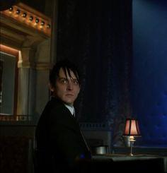 Gotham Show, Penguin Gotham, Penguins, Beautiful People, Batman, Hero, Shit Happens, Celebrities, Boys