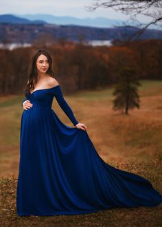 Scarlet Gown Scarlet Maternity Dress, Fitted with long sleeves – Silk Fairies Maternity Photography Poses, Maternity Poses, Maternity Pictures, Pregnancy Photos, Pregnancy Dress, Pregnancy Belly, Couple Photography, Pregnancy Jeans, Pregnancy Ultrasound