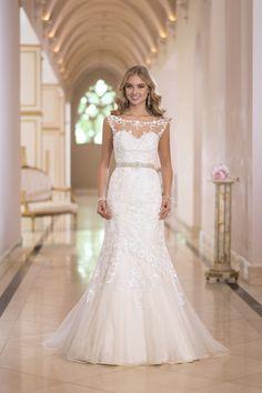 Stella York 5932 - Woodbury, Minnesota | Raffine Bridal